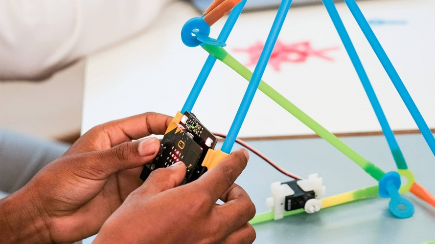 Strawbees Robotic Inventions for micro:bit