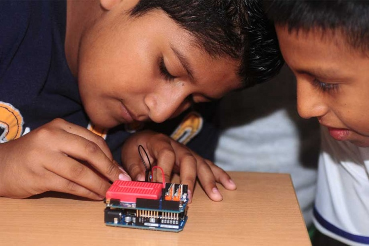 From the pedagogical point of view CTC 101 is an excellent solution for learning the basics of programming & electronics. It  relies on project-based, student-centered  learning method.